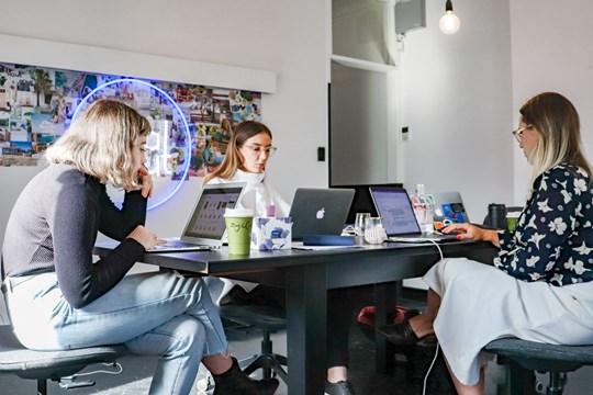 IDA Women startup